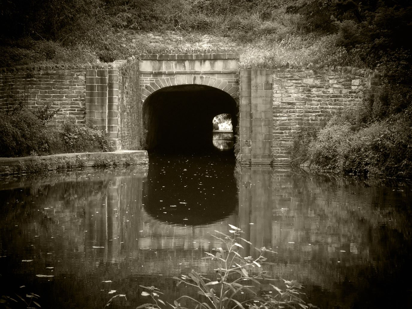 Union Canal Tunnel Park